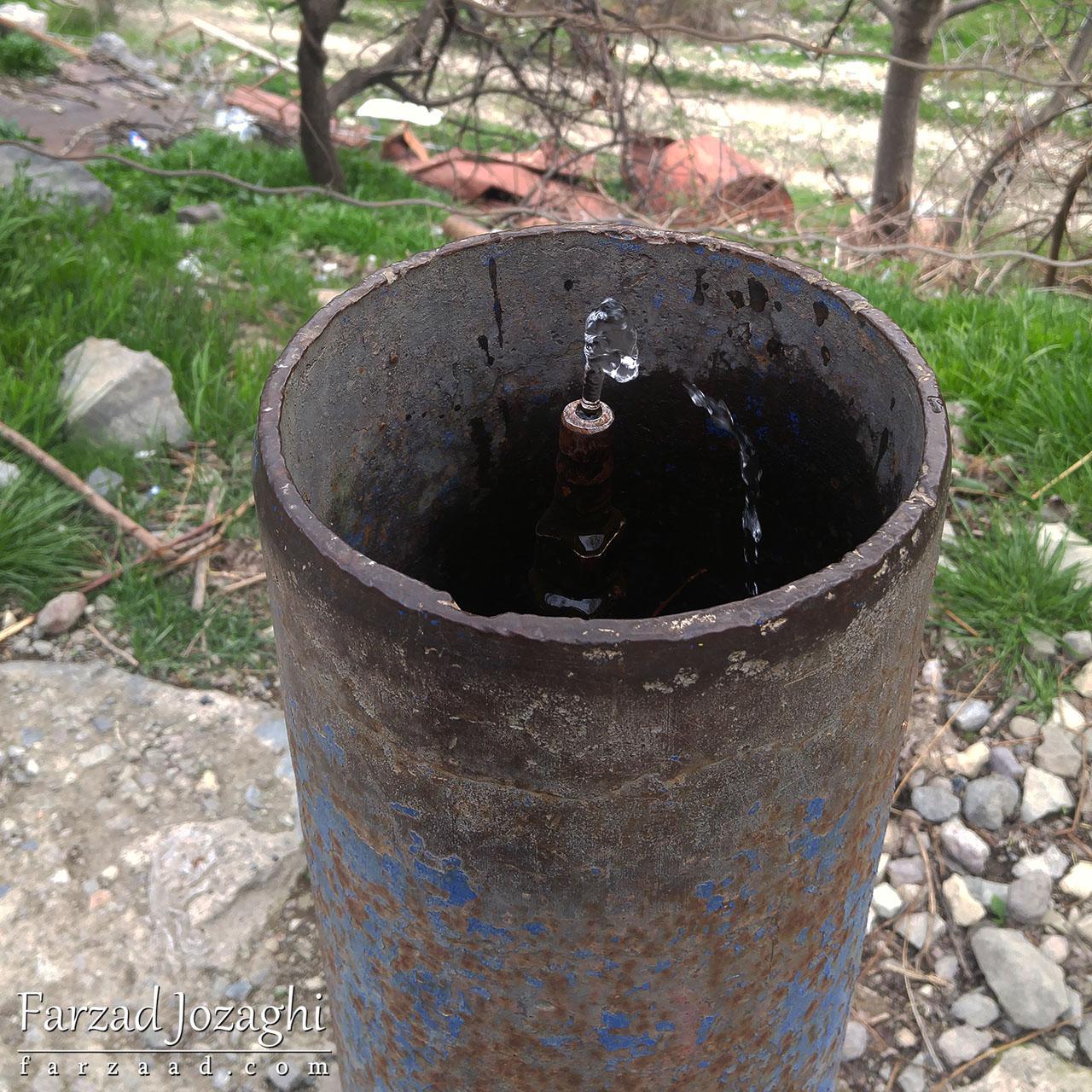 آبخوری عمومی ارمنی در یک روستا در ارمنستان